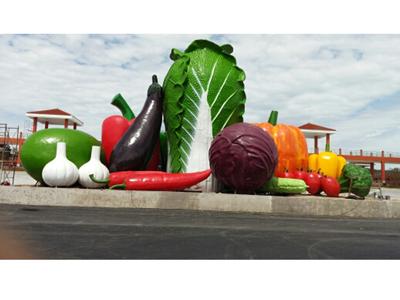供应蔬菜雕塑_新品菜篮子雕塑供应