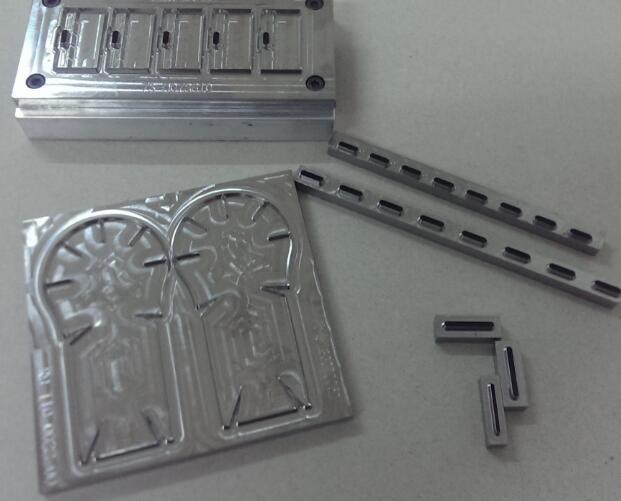 選購超值的雕刻刀模就選精專模具廠-腐蝕刀模