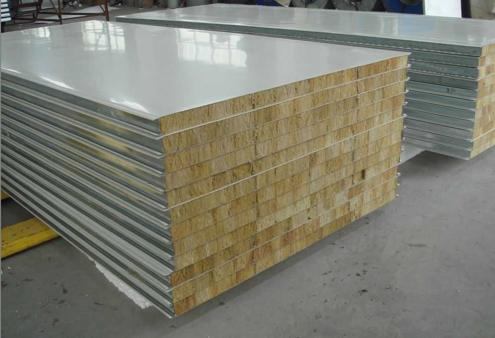 郑州好的岩棉复合板 郑州质量好的彩钢板厂家 郑州岩棉板