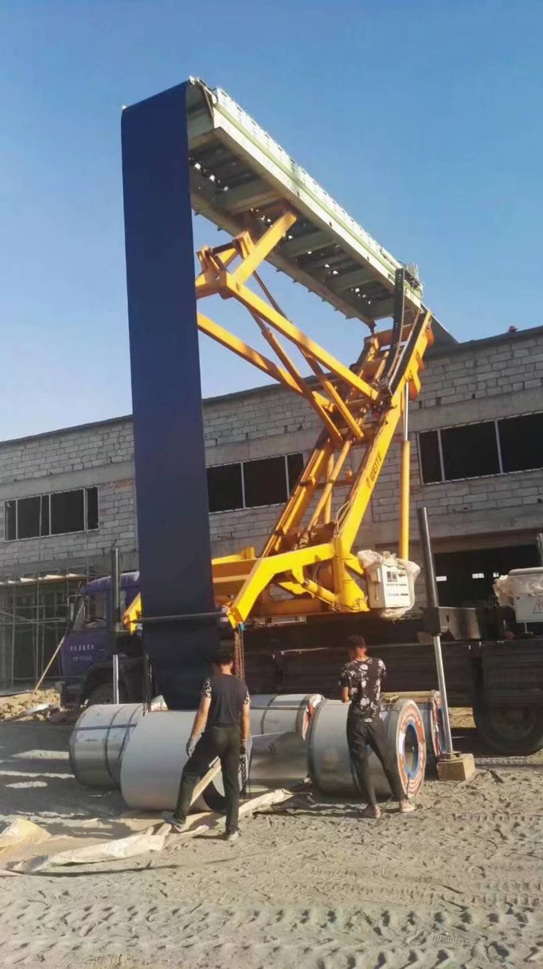 專業的高空壓瓦-天志彩鋼板好用的高空壓瓦機新品上市