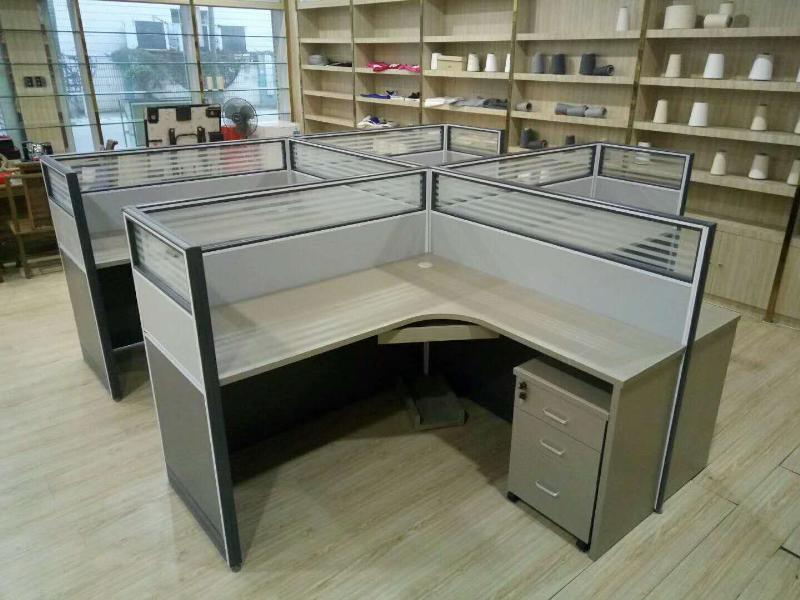 泉州新品屏风办公桌-云南屏风办公桌厂家
