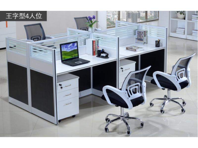 想要买好的屏风办公桌就到鸿鑫办公家具——屏风办公桌供应