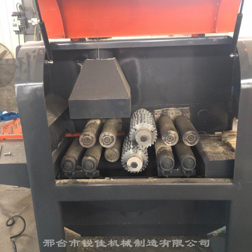 新型上下动力方木多片锯支点式自动升降高效环保