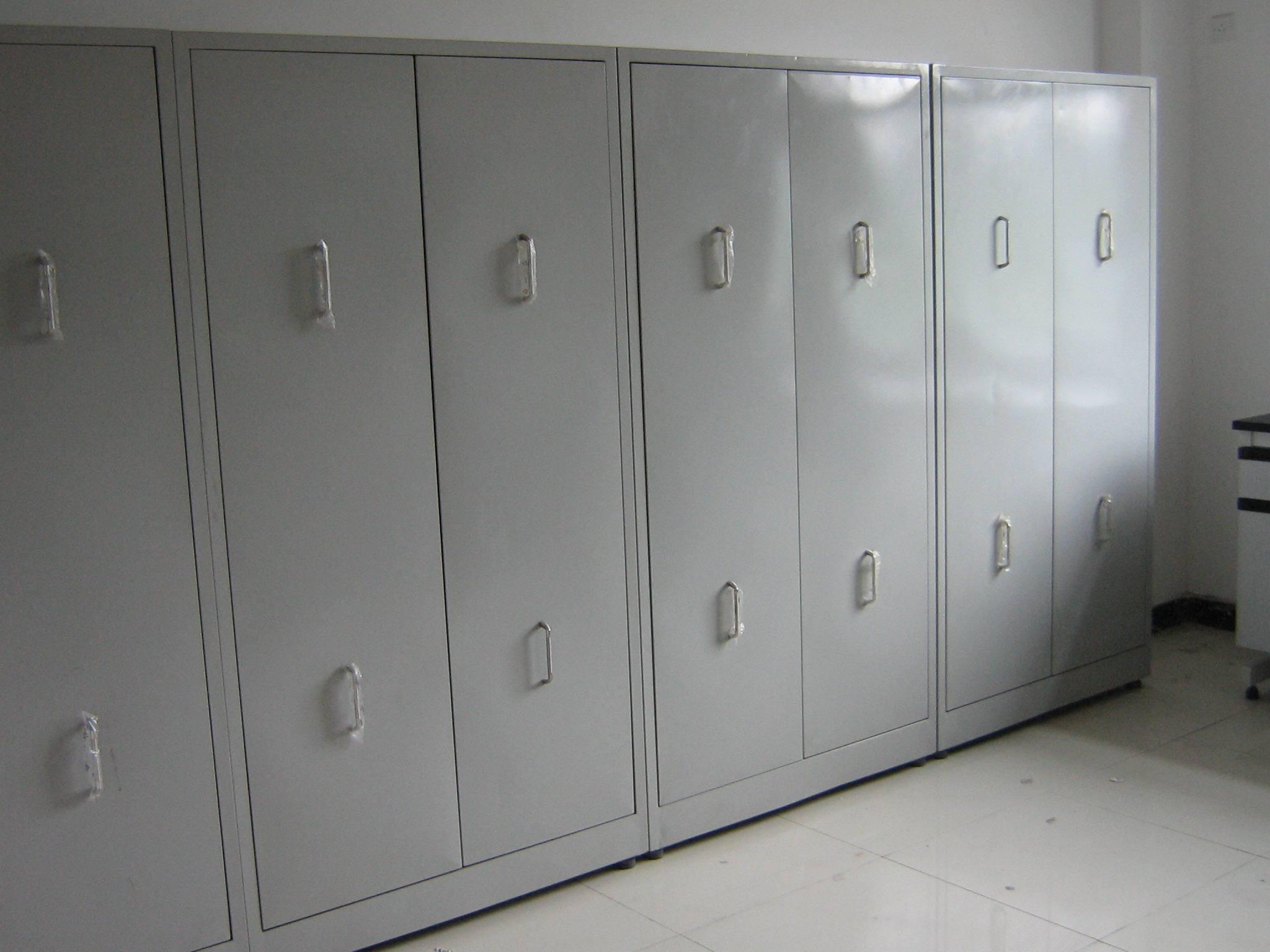 锦州学生桌椅生产,华清金属制品公司质量可靠的盘锦办公铁柜出售