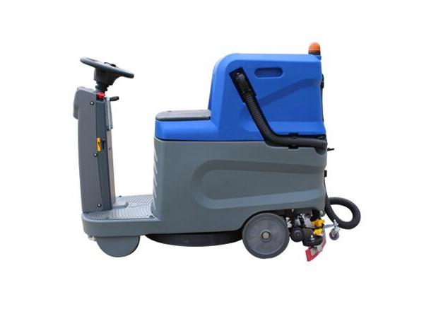 驾驶型洗地机厂家 河南报价合理的驾驶室洗地机哪里有供应