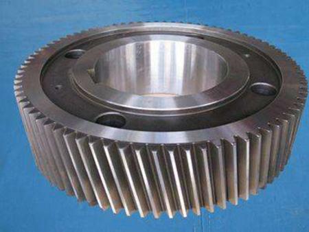 铸钢齿轮预备的热处理方式如何选择?