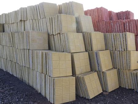 轻质水泥砖供应-山东省新式的水泥彩砖供应出售