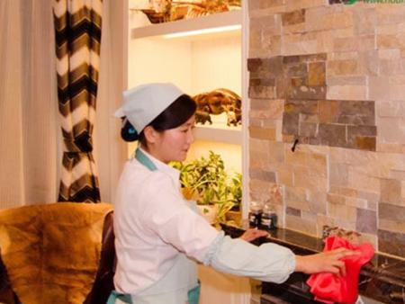 保洁服务专业公司_黄岛管家婆家政,开发区保洁清洗哪家好
