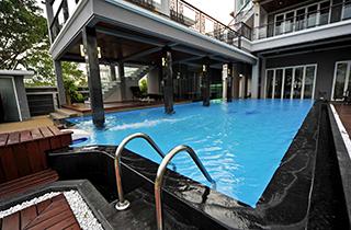 私家花园泳池