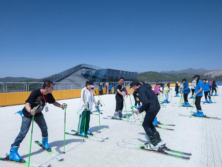 青州哪里有滑雪场?【云门山滑雪场】青州好玩的滑雪场
