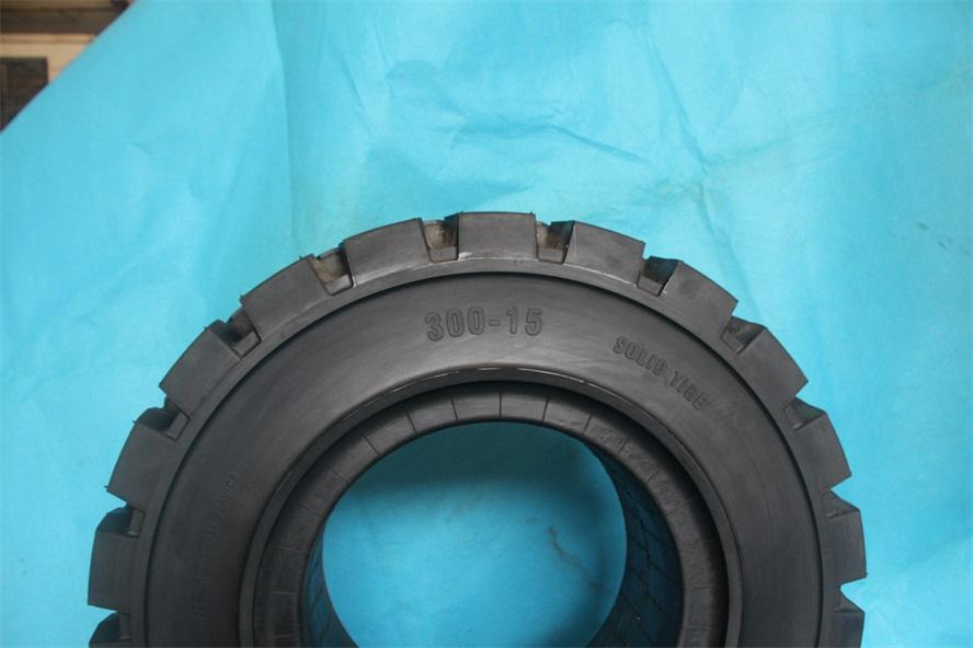 清远市朗琴实心轮胎耐刺300-15价格实惠
