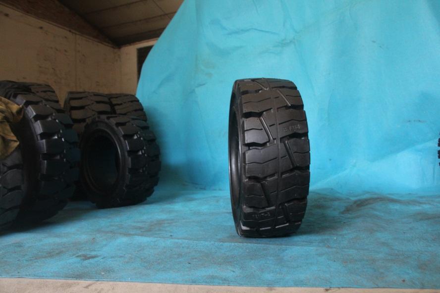 湛江朗琴免充气轮胎18x7-8优质服务