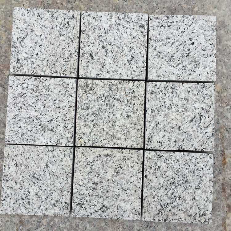在哪里能买到优惠的芝麻灰石材路障石价位|芝麻灰石材路障石
