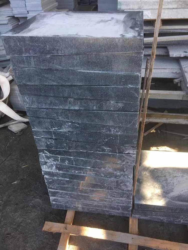 大小头墓碑石批发价格范围-质量好的大小头墓碑石火热供应中