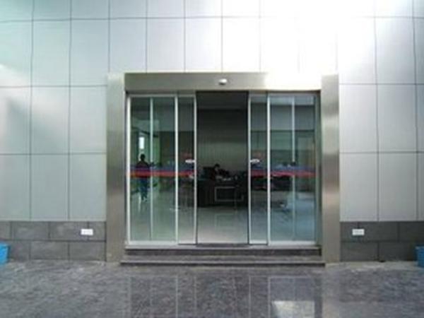 容城玻璃门-知名的玻璃门经销商