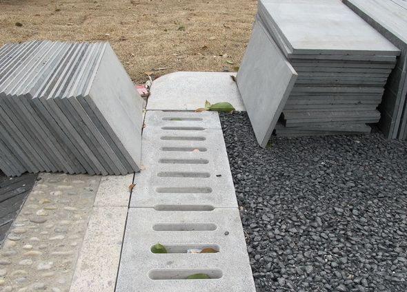 水泥路沿石批發價_龍巖專業生產水泥路沿石產廠_瑞奇裝飾工程