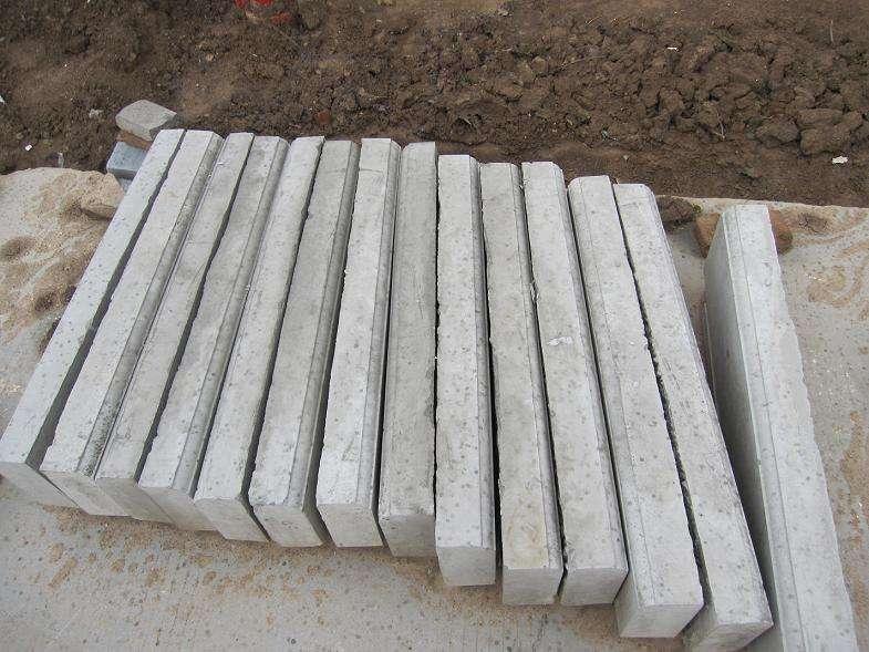 三明水泥路沿石供應_水泥路沿石市場批發價_瑞奇水泥磚報價