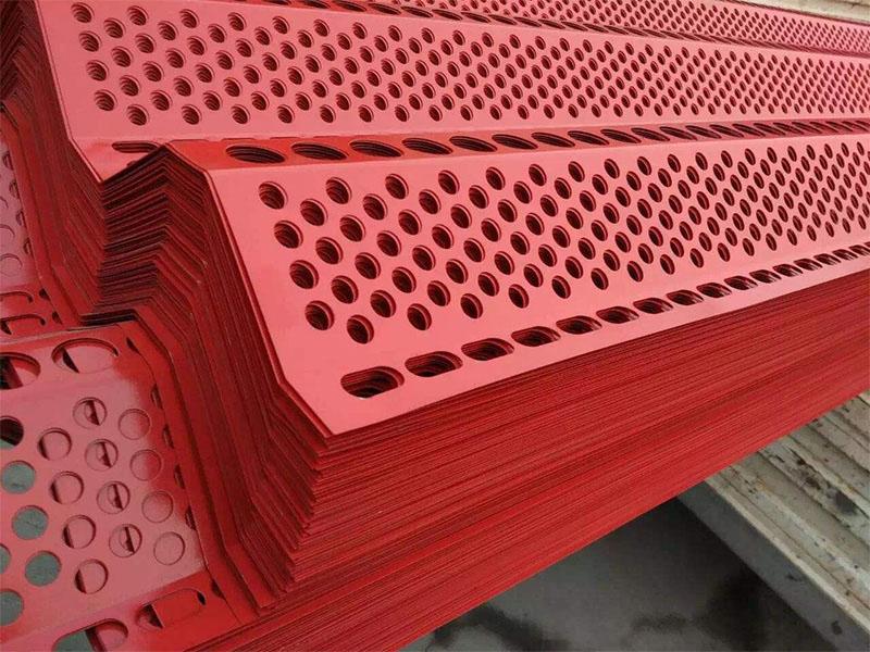 青海防風抑塵網批發-想買劃算的防風抑塵網-就來寧夏鑫渤源金屬制品