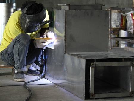建宏毅机电设备|厦门不锈钢水箱厂家|厨房烟囱价格|质量保证