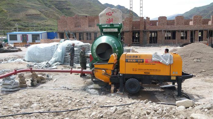 混凝土浇筑泵设备-邢台优惠的混凝土输送泵哪里买