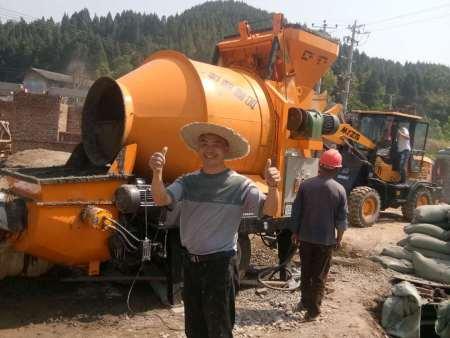大骨料彩立方平台功能_选购质量好的农建混凝土拖泵就选泊科琪机械制造