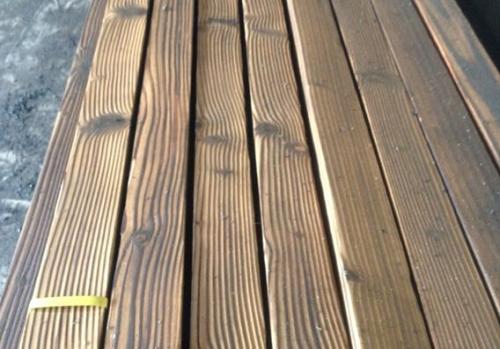 新华碳化木厂家-质量可靠的碳化木火热供应中