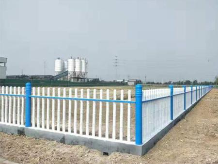 水泥护栏制作厂家|山东水泥护栏现货供应