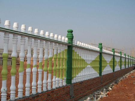 水泥柱子护栏定做|水泥柱子护栏供应商哪家好