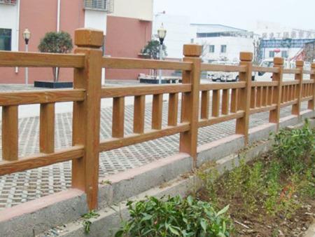 滨州水泥仿木护栏-想买有品质的水泥仿木护栏,就到春豪水泥制品