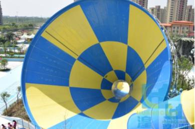 水上樂園建造_廣東新潮的水上游樂設施