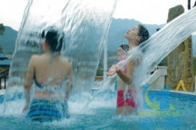 潮州水上游樂設施價格-選購水上樂園滑梯認準湟潮水上樂園設備