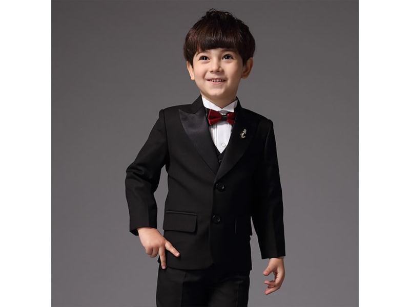 北京西装礼服|优良的西装礼服供应