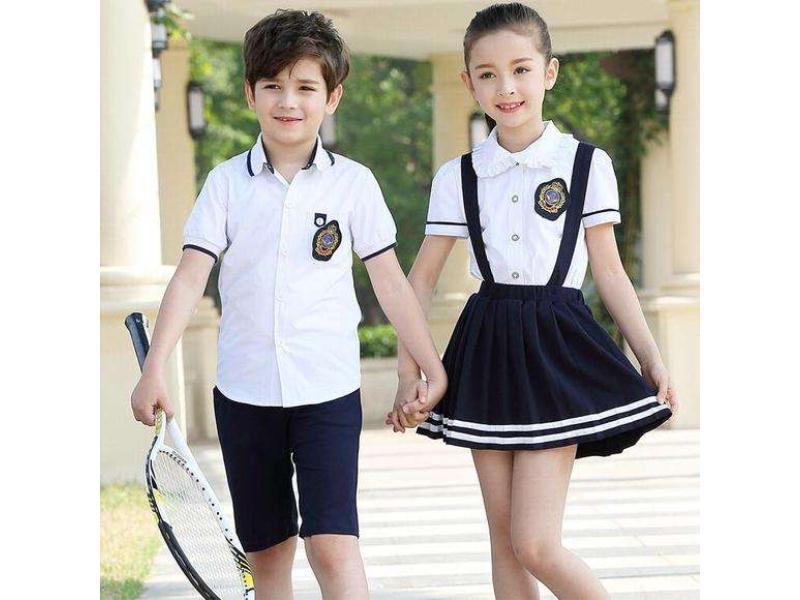 校服订购|想要买小学生夏季校服就来柏利斯服饰