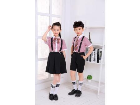 校服订购-想买质量好的小学生夏季校服,就到柏利斯服饰
