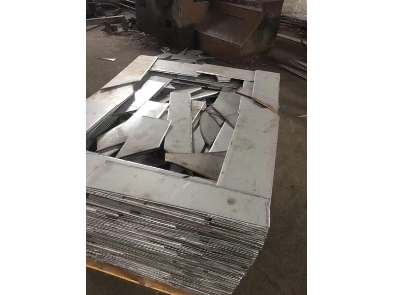 哪里買質量好的304L不銹鋼利用料-304L不銹鋼特殊材料爐料批發價格