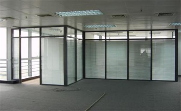 秦皇島玻璃隔斷廠家-玻璃隔斷廠家直銷