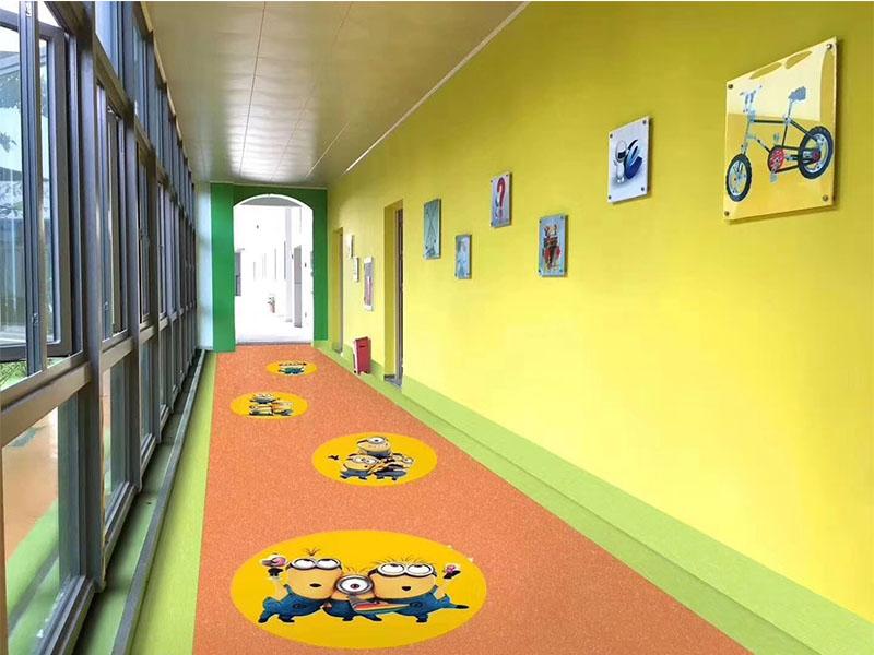 幼儿园专用地板施工-厦门划算的塑胶地板出售