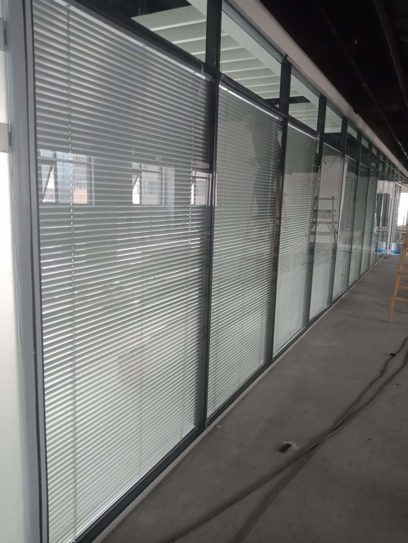 漢沽雙玻百葉玻璃隔斷-哪里可以買到質量好的雙玻百葉玻璃隔斷