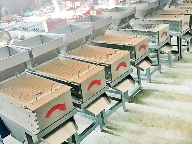 湖南花生酱生产线-潍坊耐用的花生脱皮机出售