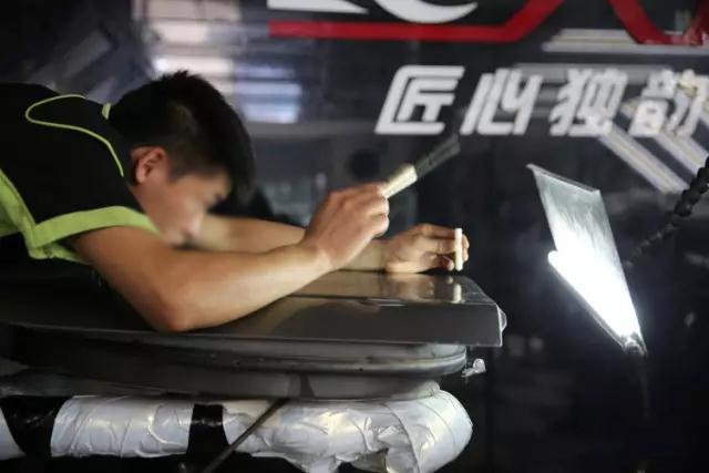 培训完善体系、认真态度,成就汽车凹陷修 复培训