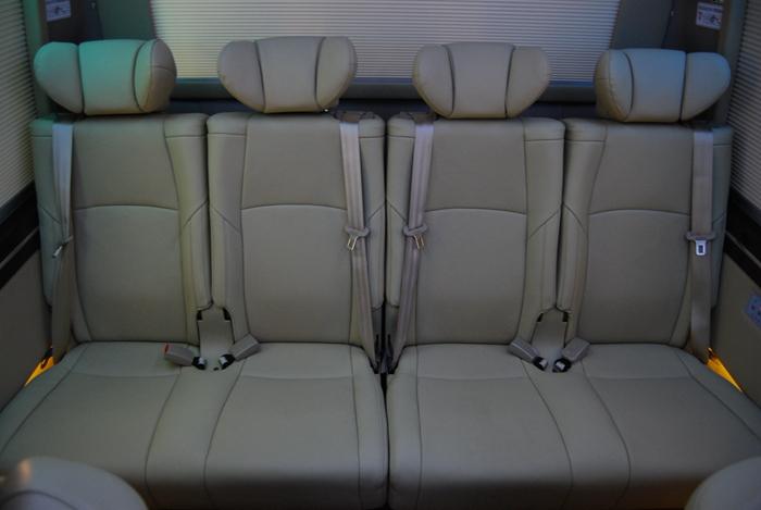 绵阳丰田考斯特11座新款价格 考斯特原装埃尔法座椅