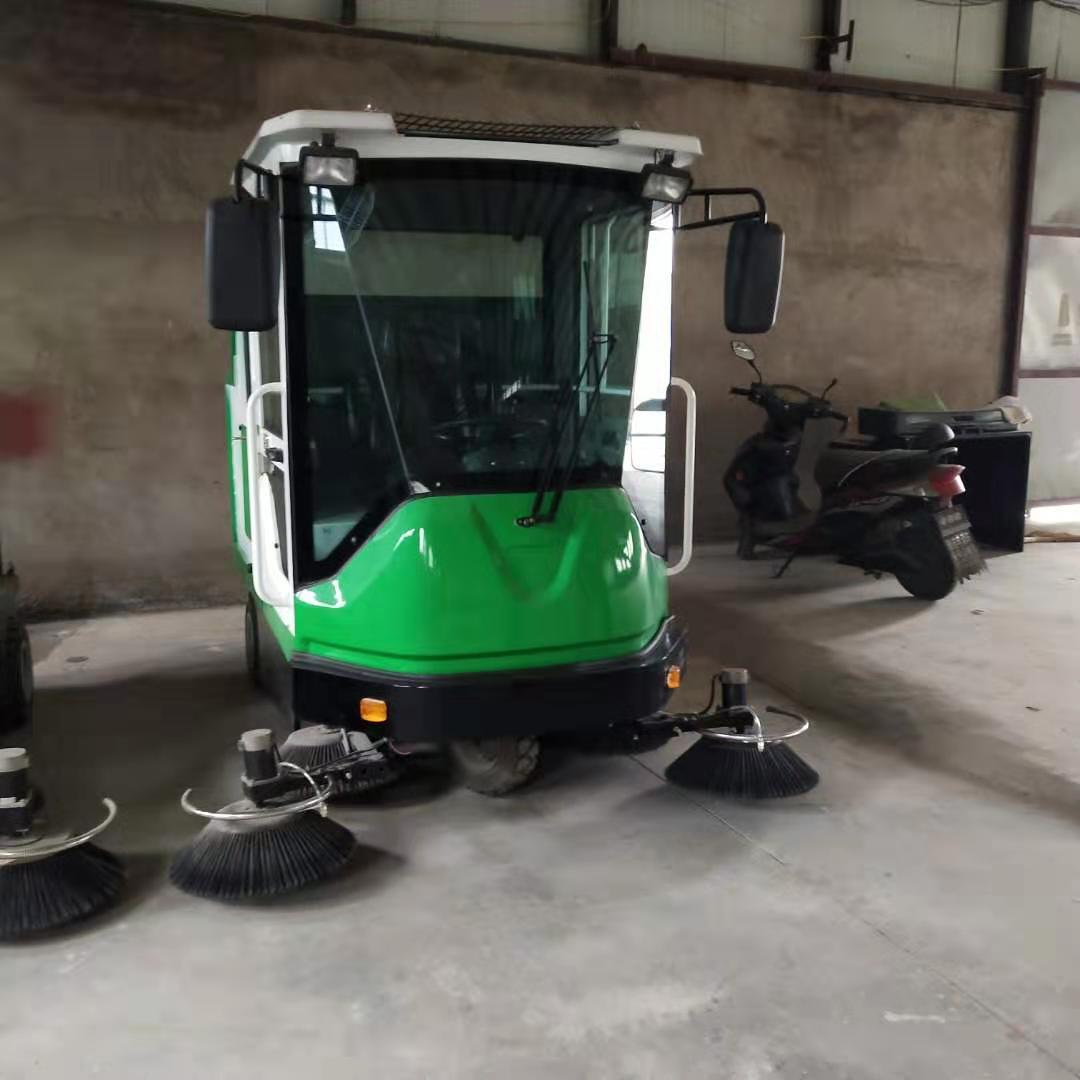 工廠掃地車多少錢-邢臺耐用的全封閉駕駛式自動掃地車哪里買