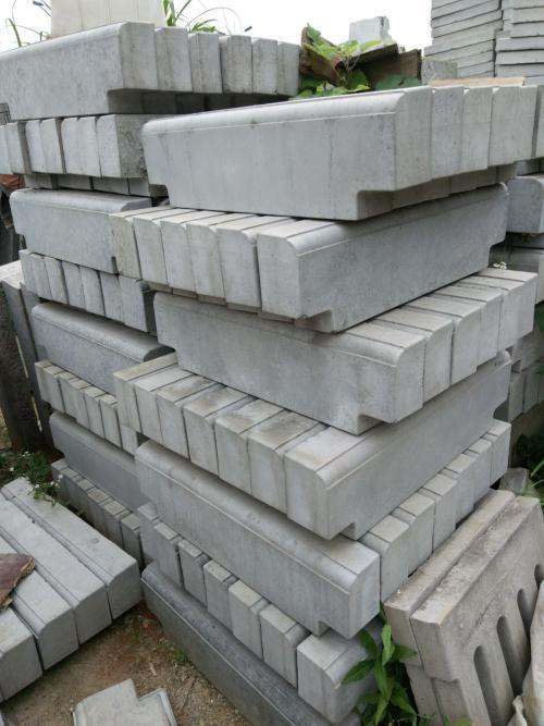 安溪水泥路沿石廠家_水泥路沿石工廠_水泥路邊石價格