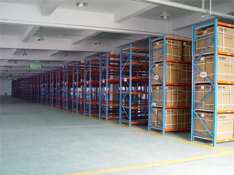 青島貨架廠家,萊西倉庫用貨架,平度重型貨架倉庫貨架