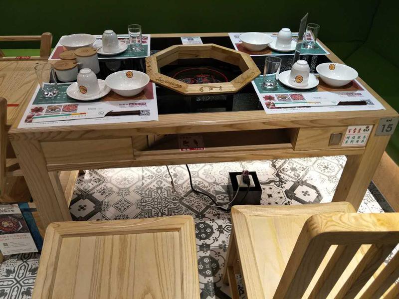 火锅桌椅,合肥火锅桌椅,餐饮连锁店家具