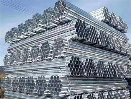 钢材应该如何正确的存放呢?