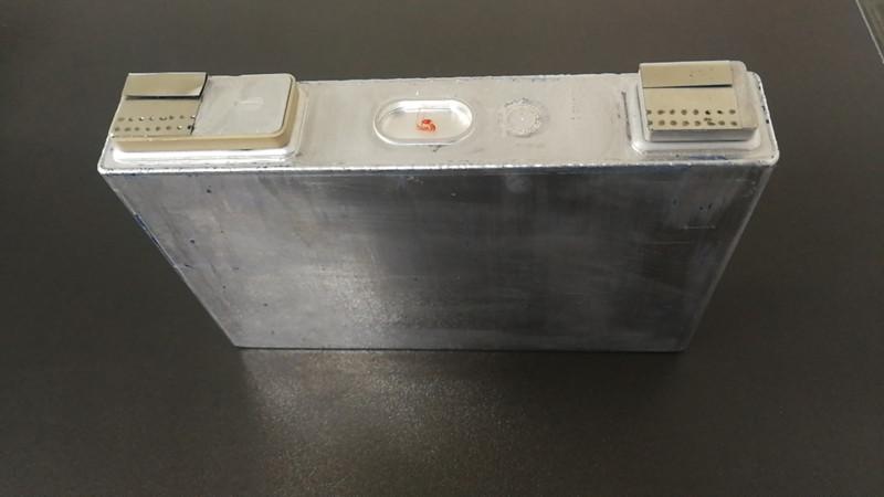 无燃爆安全锂电池