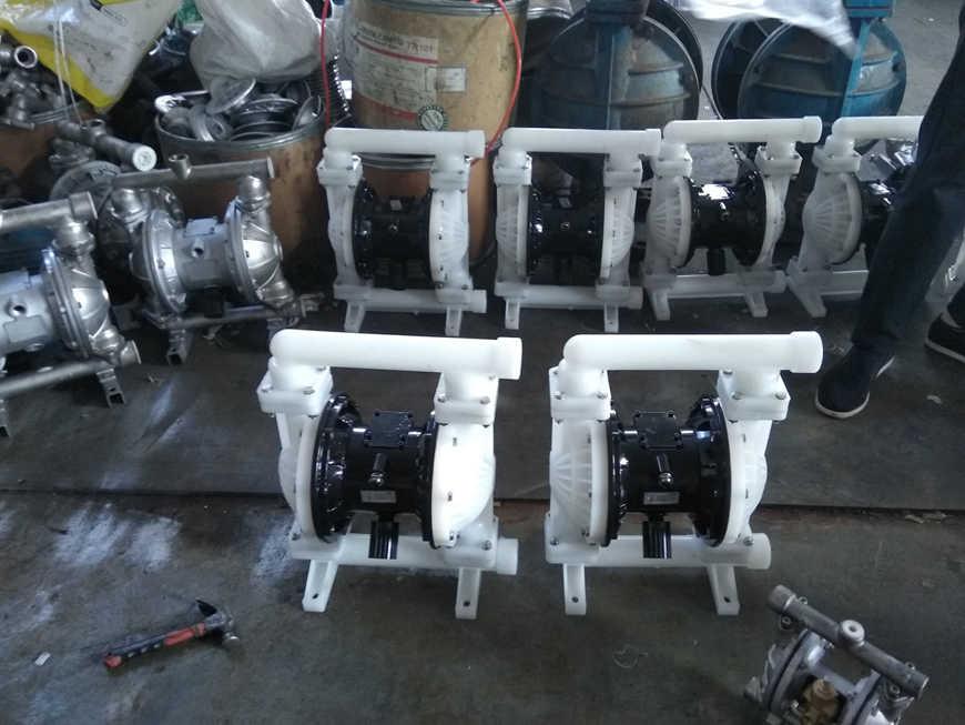 QBK氣動隔膜泵-陶瓷-噴漆專用隔膜泵-新鄉豫通工業泵廠生產