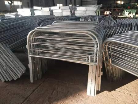 四平养猪栏位价格-海城东升钢构彩板养猪设施作用怎么样