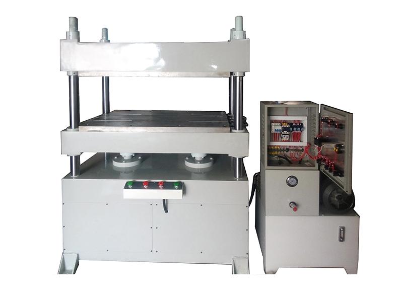 湖北塑料成型機-專業可靠的無車縫壓合機,精順高頻傾力推薦